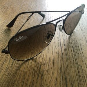 Ray-ban limited addition aviator